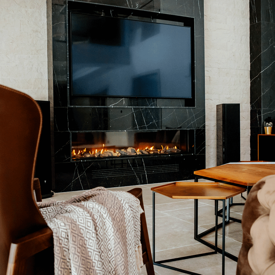 Gas fireplace LEO 200 right for natural gas
